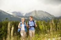 Gesund im Aktiv-Urlaub - Wer auf Reisen Herausforderungen sucht, braucht die richtige Reiseapotheke