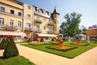 Kuren in Tschechien: Blick auf das Hotel Bajkal in Franzensbad Frantiskovy Lazne