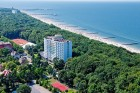 Kuren in Polen: Außenansicht vom Sanatorium Perla Baltyku in Kolberg Kolobrzeg Ostsee