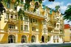 Kuren in Tschechien: Blick auf das Kurhotel Svoboda in Marienbad Mariánské Lázně