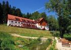 Kuren in Polen: Außenansicht des Kurhotel Ewa Bad Schwarzbach Isergebirge