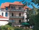 Kuren in Deutschland: Außenansicht des Kurhotel Am Stadtpark in Bad Harzburg
