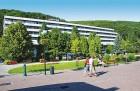 Kuren in der Slowakei: Außenansicht des Kurhaus Krym in Trencianske Teplice