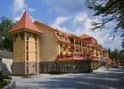 Kuren Slowakei: Blick auf das Kurhotel Lysec in Bojnice Weinitz