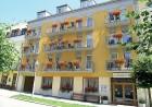Kuren in Tschechien: Außenansicht vom Kurhaus Palace 2 in Franzensbad Frantiskovy Lazne