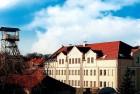 Kuren in Polen: Außenansicht des Salzbergwerk Bochnia und Hotel Sutoris in Bochnia bei Krakau