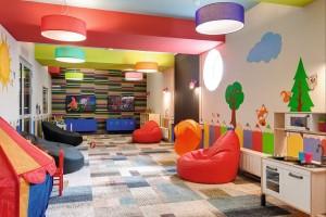 Kuren in Polen: Jugendspielzimmer im Kurhaus Akces in Dzwirzyno Kolberger Deep