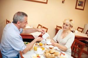 Kuren in Polen: Speisesaal vom Kurhaus Akces in Dzwirzyno Kolberger Deep