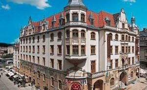 Kuren in Tschechien: Außenansicht vom Grandhotel Ambassador Karlsbad