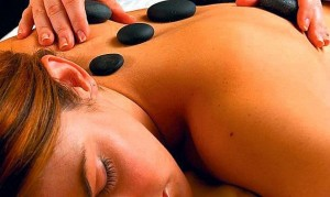 Kuren in Tschechien: Hot-Stone Massage im Grandhotel Ambassador Karlsbad