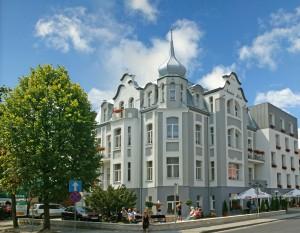 Kuren in Polen: Blick auf das Kurhotel Villa Anna Lisa in Swinemünde Swinoujscie