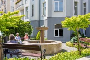 Kuren in Polen: Brunnen des Kurhotel Villa Anna Lisa in Swinemünde Swinoujscie