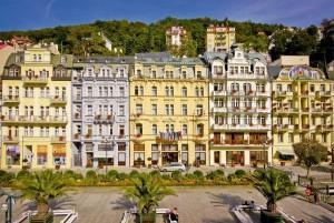 Kuren in Tschechien: Blick auf das Astoria Hotel & Medical SPA in Karlsbad Karlovy Vary