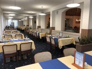 Kuren in Tschechien: Speiseraum im Hotel Bajkal in Franzensbad Frantiskovy Lazne