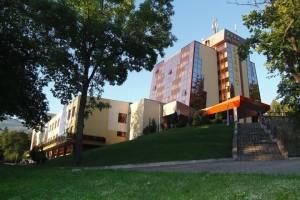 Kuren Polen: Außenansicht des Kur- und Wellnesshotel Bornit Schreiberhau Szklarska Poreba