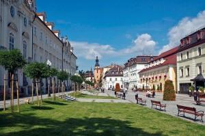 Kuren Polen: Stadtbild von Bad Warmbrunn Cieplice Zdrój
