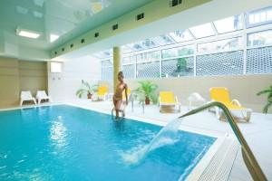 Kuren Polen: Hallenschwimmbad im Hotel Cieplice Bad Warmbrunn Cieplice Zdroj