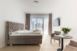 Kuren in Polen: Zimmerbeispiel im Aparthotel Dune Beach Resort Großmöllen Mielno Polen