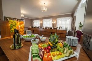 Kuren in Tschechien: Bufett im Kurhaus Goethe in Franzensbad Frantiskovy Lazne