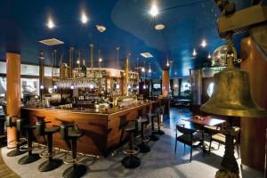 Kuren in Deutschland: Bar des Hotel Hanseatic in Göhren