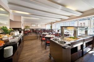 Kuren in Tschechien: Speisesaal im EA Jessenius Hotel Karlsbad Karlovy Vary