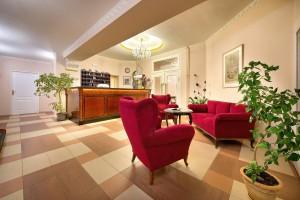 Kuren in Tschechien: Rezeption im EA Jessenius Hotel Karlsbad Karlovy Vary
