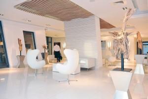 Kuren in Polen: Lobby des Hotel Marine & Ultra Marine in Kolberg Kolobrzeg