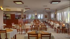 "Kuren in Polen: Cafe ""Flins"" in der Klinika Mlodosci Medical SPA Bad Flinsberg Isergebirge"