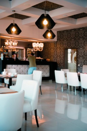 Kuren in Polen: Bar des Kurhaus Olymp 3 in Kolberg Kolobrzeg Ostsee