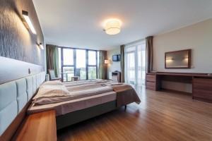 Kuren in Polen: Weiteres Zimmerbeispiel im Kurhaus Olymp 3 in Kolberg Kolobrzeg Ostsee