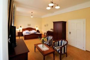 Beispiel Doppelzimmer Lux im Kurhaus Palace 1 Franzensbad Frantiskovy Lazne Tschechien
