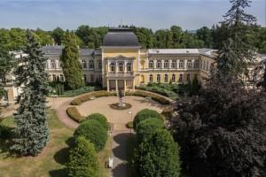 Kuren in Tschechien: Kaiserbad - Kurhotel Pawlik in Franzensbad Frantiskovy Lazne