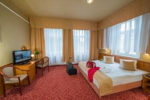 Kuren in Tschechien: Zimmerbeispiel Standard im Kurhotel Pawlik in Franzensbad Frantiskovy Lázne