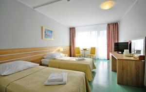 Kuren in Polen: Zimmeransicht im Sanatorium Perla Baltyku in Kolberg Kolobrzeg Ostsee