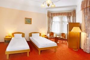 Kuren in Tschechien: Zimmerbeispiel im Kurhotel Svoboda in Marienbad Mariánské Lázně