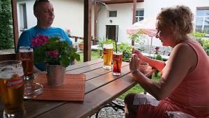 Kuren in Polen: Außenterrasse des Hotel Swieradow Bad Flinsberg Swieradów Zdrój Isergebirge