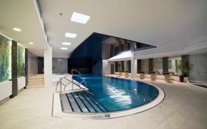 Kuren in Tschechien: Hallenbad im Hotel Thermal in Karlsbad Karlovy Vary
