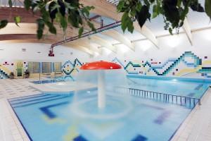 Kuren in Polen: Weiteres Bild Hallenbad im Hotel Unitral in Mielno