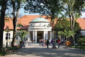 Kuren in Polen: Kuren im Kurhaus Wielka Pieniawa in Bad Altheide