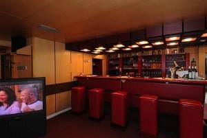 Kuren in Tschechien: Bar im Hotel Agricola Wellness und Sport Resort in Marienbad Mariánské Lázně