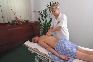 Kuren in Tschechien: Klassische Massage im Hotel Agricola Wellness und Sport Resort in Marienbad Mariánské Lázně