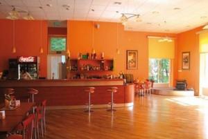Kuren in Polen: Bar des Kurhotel Albatros in Mielno (Großmöllen)