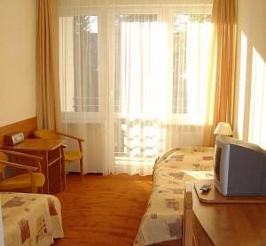 Kuren in Polen: Wohnbeispiel im Kurhotel Albatros in Mielno (Großmöllen)