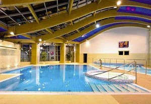 Kuren in Polen: Schwimmbad im Kurhotel Alga in Swinemünde Swinoujscie