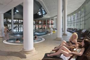 Kuren in Tschechien: Innenansicht des Aquaforum in Franzensbad