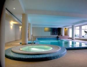 Kuren in Polen: Hallenbad im Hotel Atol SPA in Swinemünde Swinoujscie