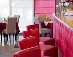 Kuren in Polen: Bar des Hotel Avangard und Panorama in Swinemünde