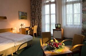 Kuren in Tschechien: weiteres Zimmerbeispiel im Kurhaus Belvedere in Franzensbad (Frantisvoky Lázne)