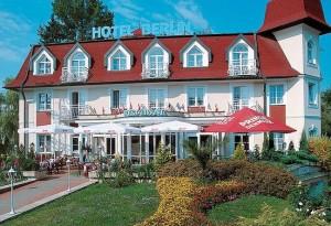 Kuren in Tschechien: Außenansicht vom Kurhotel Berlin in Marienbad Mariánske Lázne