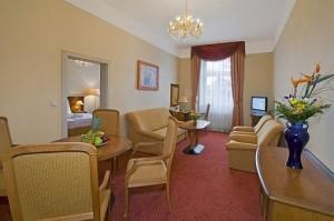 Kuren in Tschechien: Wohnbeispiel Suite im Ensana Health Spa Hotel Centrálni Lázne in Marienbad